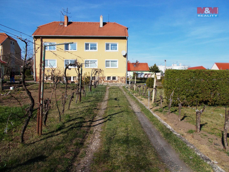 Prodej, byt 2+1, Miroslav