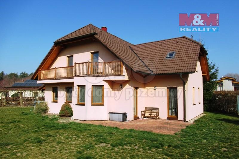 Prodej, rodinný dům 6+2kk, 1279 m2, Pardubice - Pod Dubem