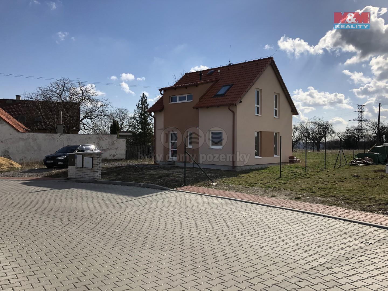 (Prodej, rodinný dům 4+1, 585 m2, Smečno, ul. Za Školou)