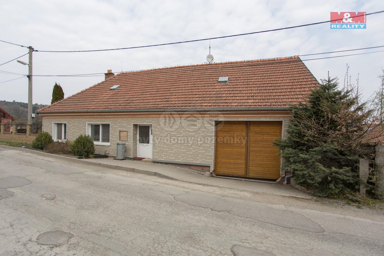 Prodej, rodinný dům 3+1, 1039 m2, Hluboké Dvory
