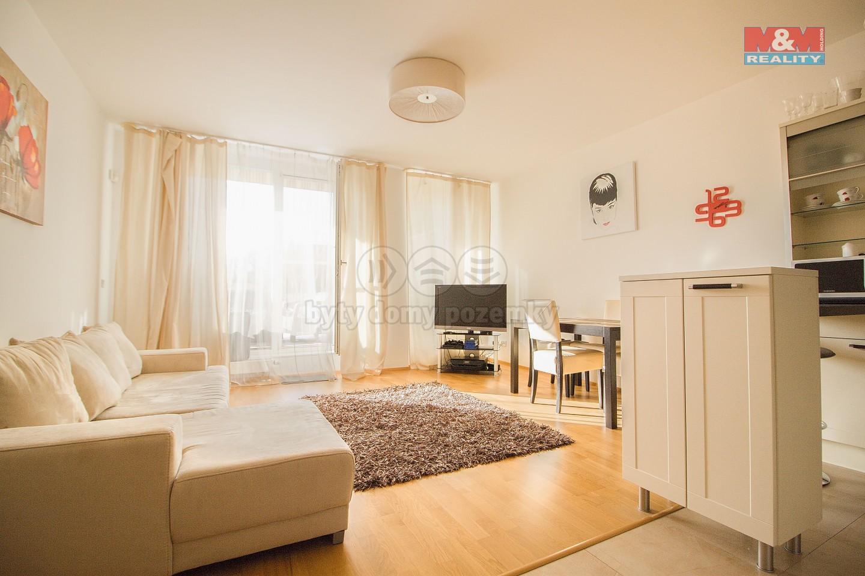 (Pronájem, byt 2+kk, 65 m2, Praha 5 - Smíchov, terasa 156 m2), foto 1/16