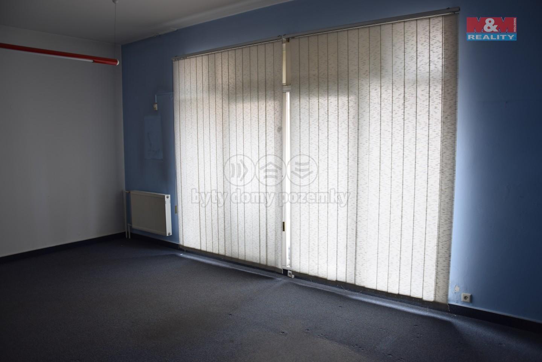 Pronájem, komerční prostory, 51 m2, ul. Špidlenova, Semily