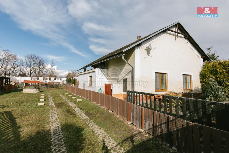 (Prodej, rodinný dům 5+1, 7270 m2, Moravany - Čeradice), foto 1/33