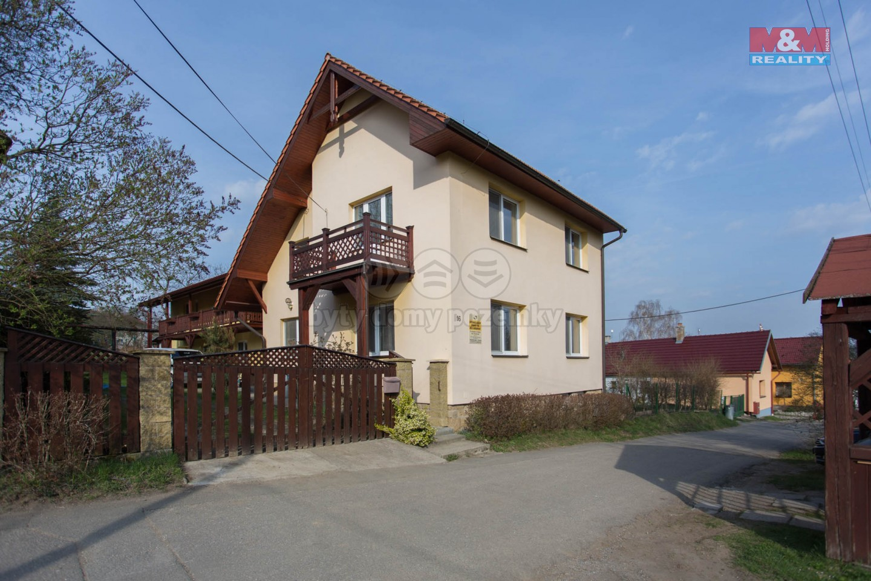 Prodej, rodinný dům 12+6, Lipina