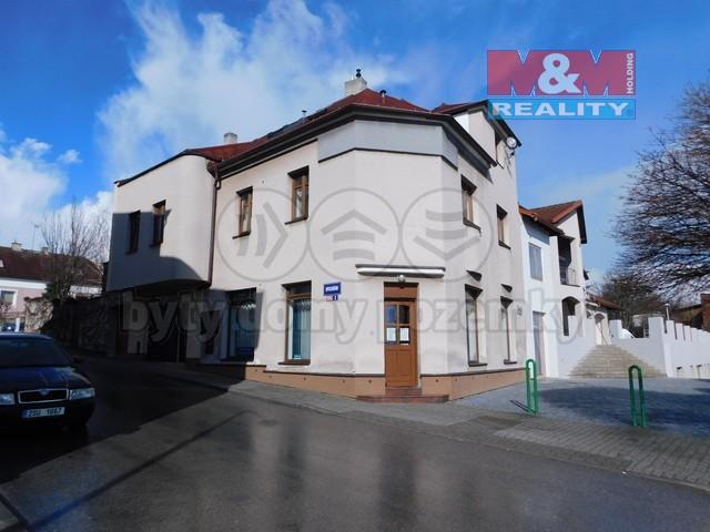 Pohled na dům (Prodej, rodinný dům, Kosmonosy, ul. Františka Opolského), foto 1/34