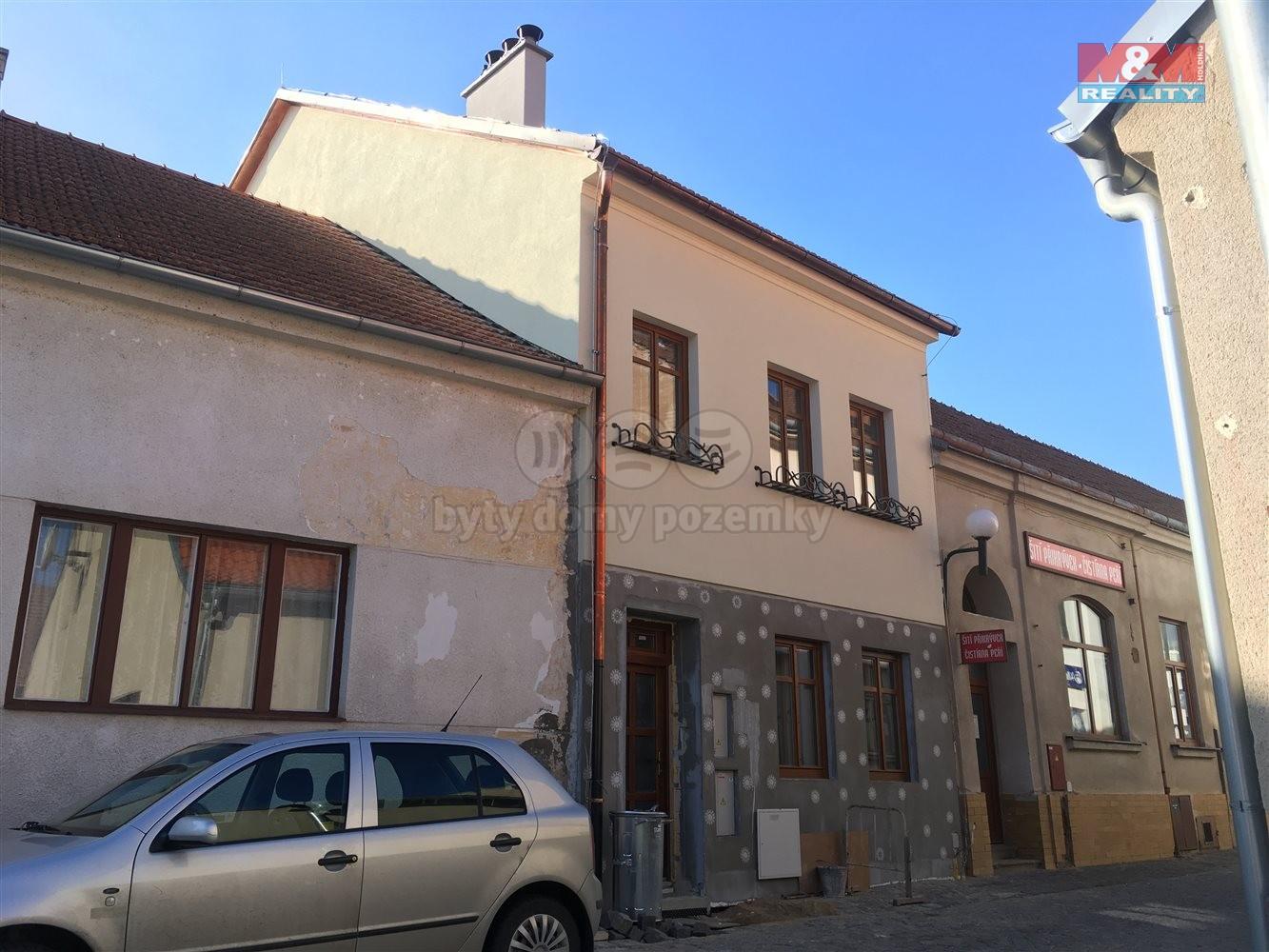 Pronájem, byt 1+kk, Ivančice, ul. Drůbežní trh