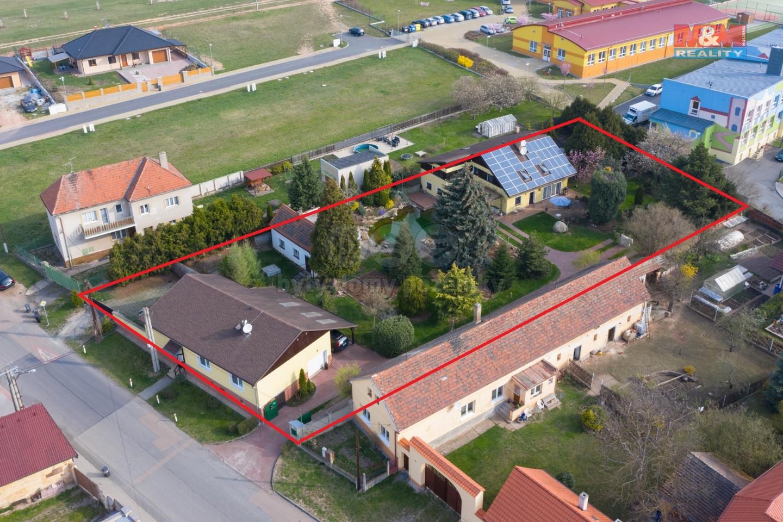 Prodej, 2x rodinný dům, pozemek 2 265 m2, Tlučná