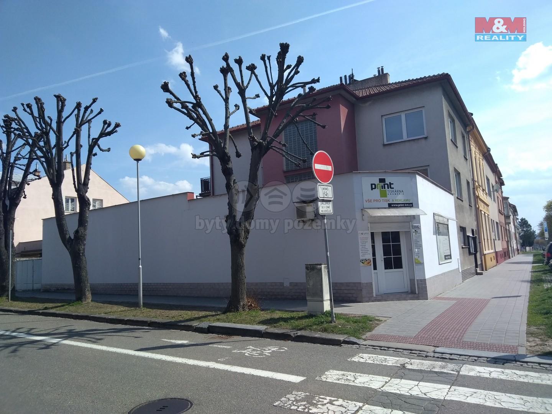 Pronájem, obchodní prostory, 100 m2, Kroměříž