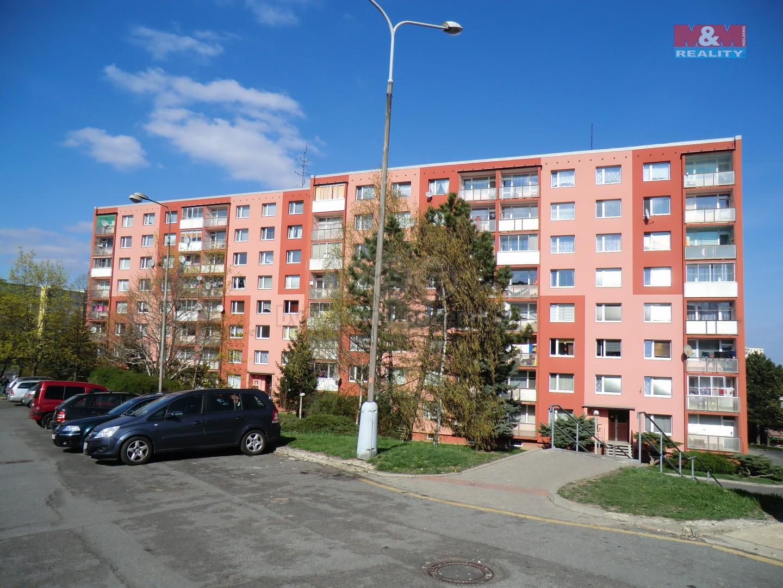 Pohled na dům (Prodej, byt 1+1, 36 m2, DV, Chomutov, ul. Písečná), foto 1/17