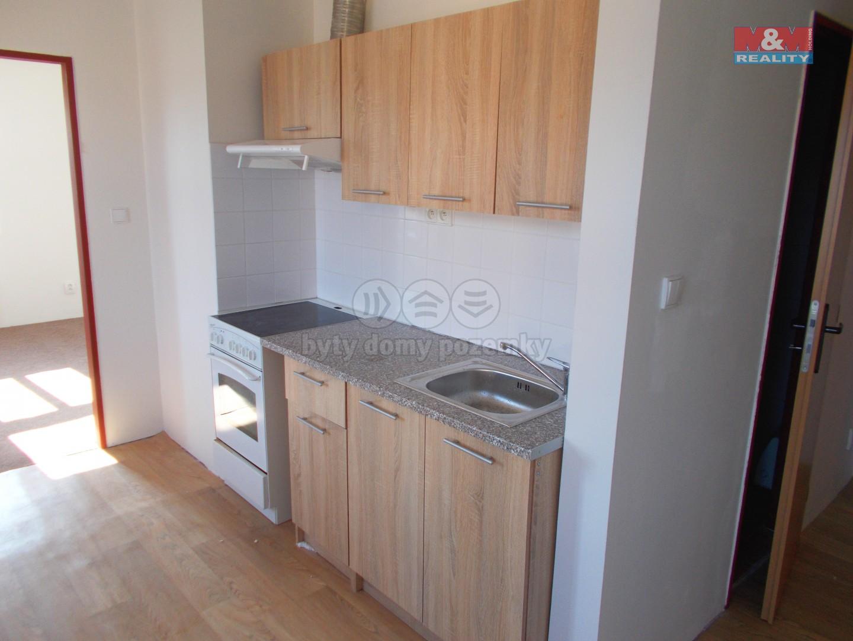 Pronájem, byt 1+1, 35 m2, Nový Bor