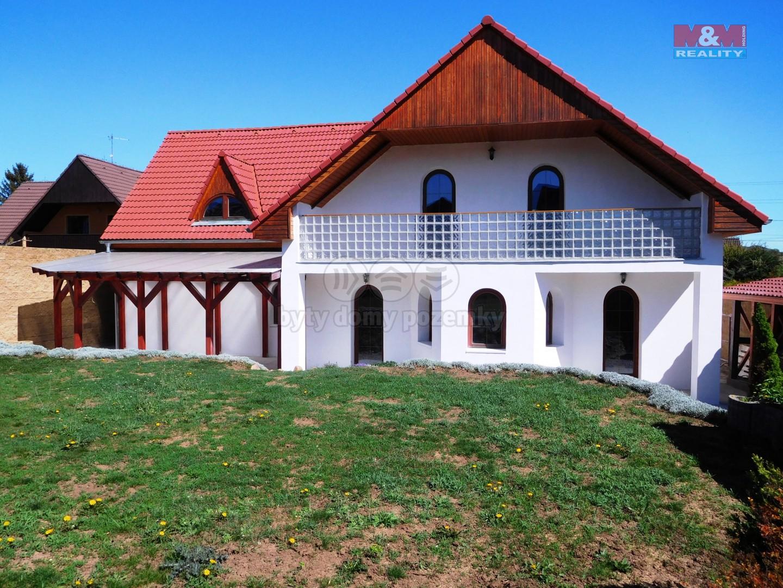 Prodej, rodinný dům 4+1, 236 m2, Vtelno