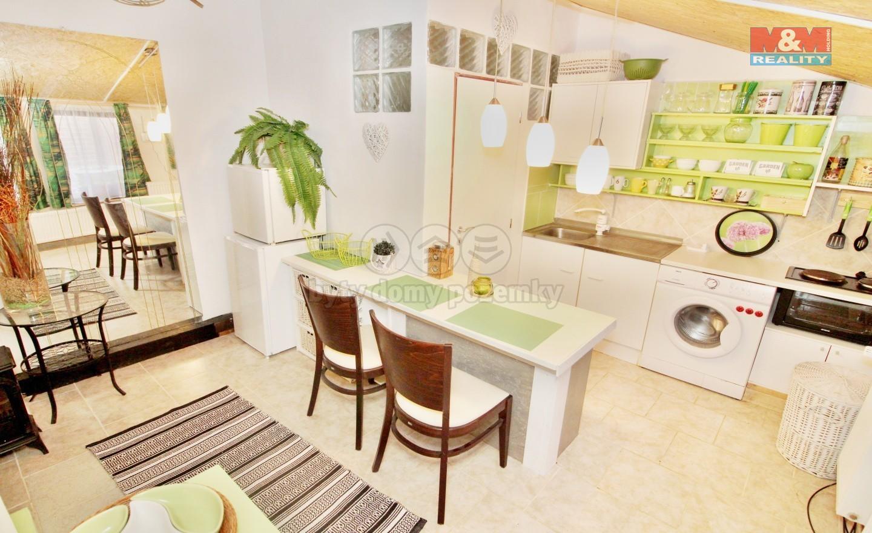 Pronájem, byt 1+kk, 35 m2, Dubá, ul. Nové město