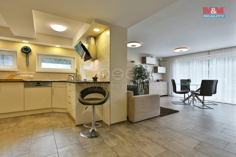 Prodej, rodinný dům, 320 m2, Plzeň - Tlučná, ul. Školní