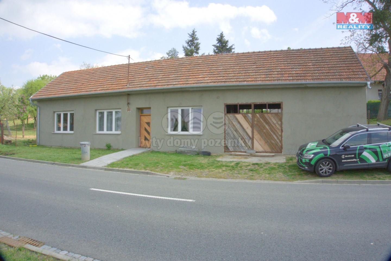 Prodej, rodinný dům 4+1, 4043 m2, Roštín