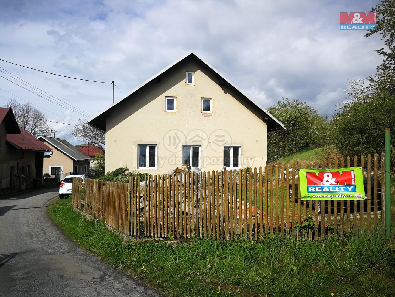 Prodej, rodinný dům 3+1, 491 m2, Holetín u Hlinska