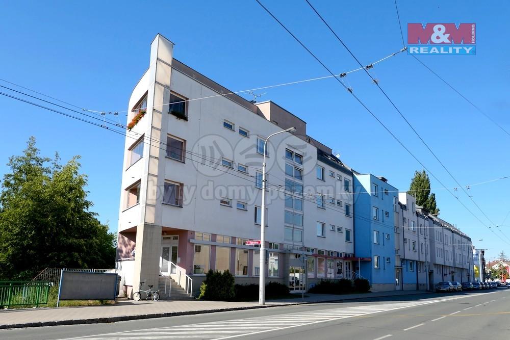 Pronájem, byt 2+kk, 60 m2, Hradec Králové, ul. Pražská třída