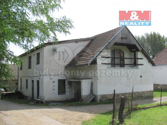 IMG_0760 (Prodej, rodinný dům, 650 m2, Předslavice), foto 1/15