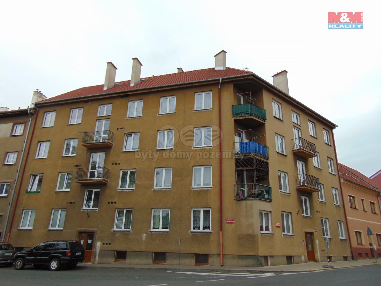 Pronájem, byt 2+1, 56 m2, OV, ul. Boženy Němcové