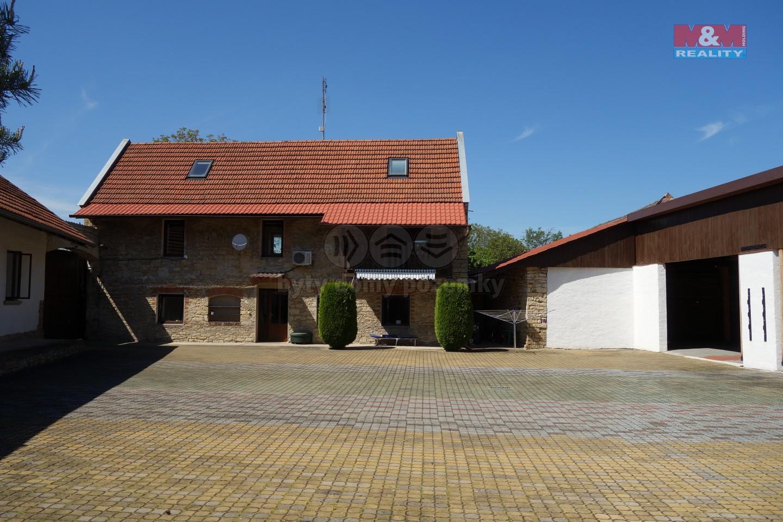 Prodej, rodinný dům, pozemek 3597 m2, Hrušová