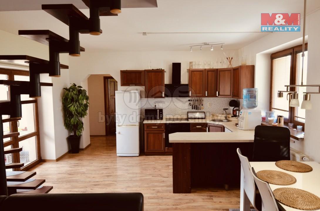 Prodej, rodinný dům 4+kk, 293 m2, Kanice