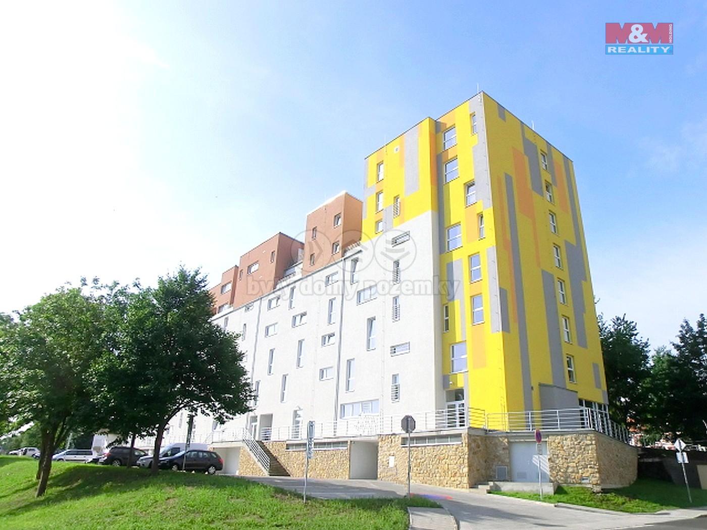 Pronájem, byt 2+kk, 66m2, II.NP Lovosice, ul. Osvoboditelů