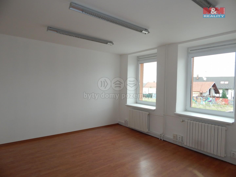 Pronájem, kancelářský prostor, 19 m2, Zlín - Malenovice