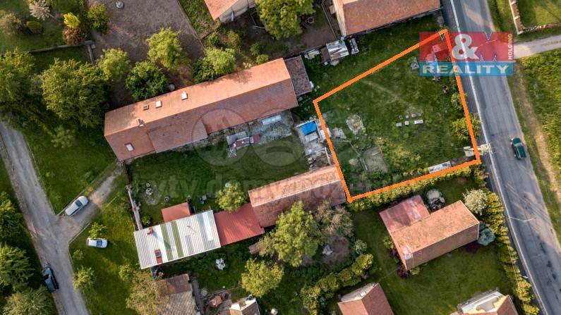 Prodej, stavební pozemek, 693 m2, Sezemice - Dražkov