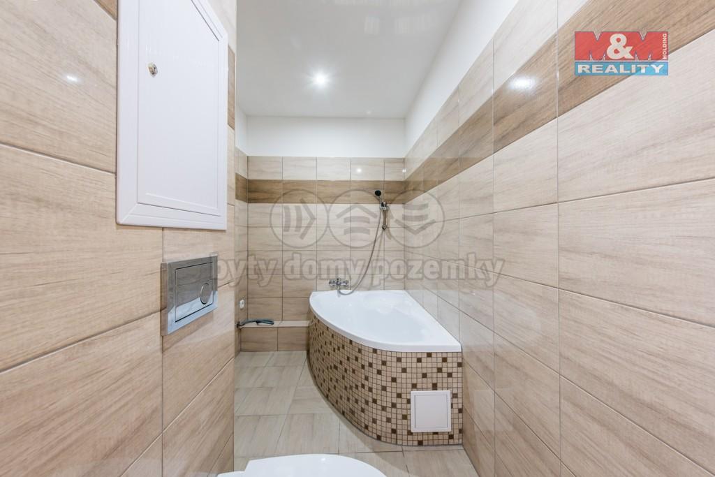 Koupelna (Prodej, byt 3+1, 63 m2, OV, Ústí nad Labem, ul. Opletalova), foto 1/22