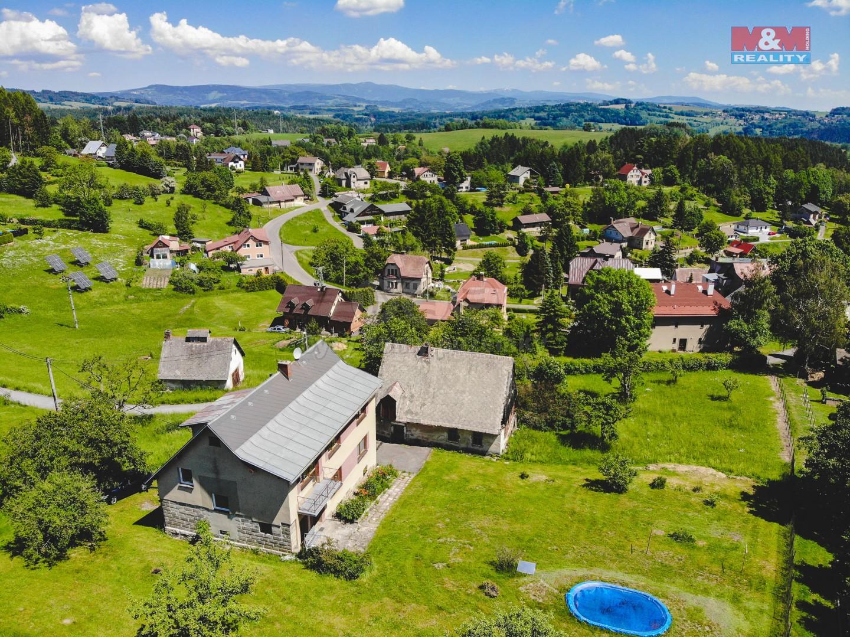 Prodej, rodinný dům, 7+2, 3427 m2, Alšovice, Pěnčín