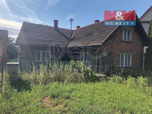 Prodej, rodinný dům 3+1, 417 m2, Perálec