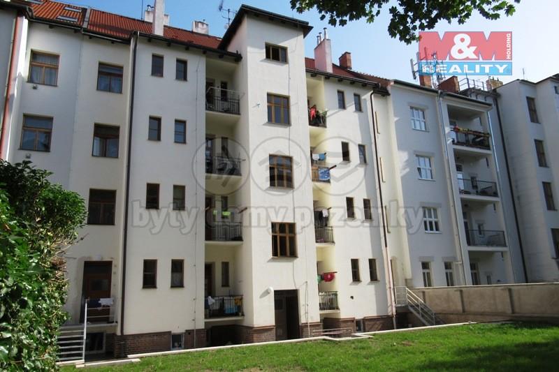 Pronájem, byt 2+kk, 50 m2, Pardubice - centrum