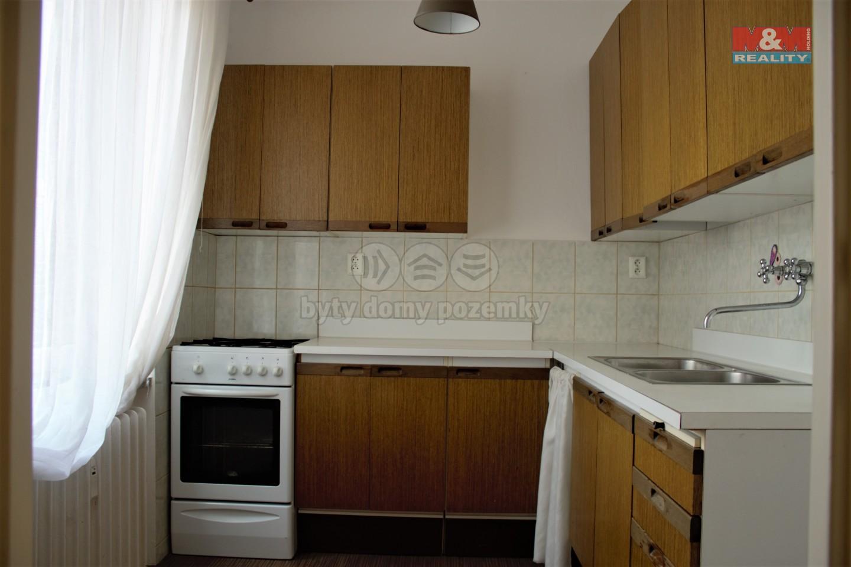 Pronájem, byt 2+1, 42 m2, Opava - Město