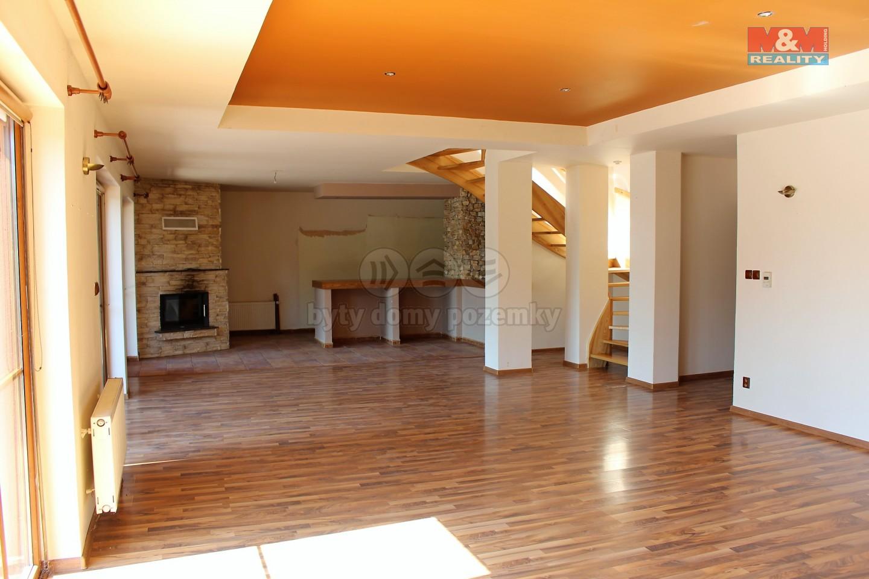 Prodej, rodinný dům, 2504 m2, Petřvald u Karviné