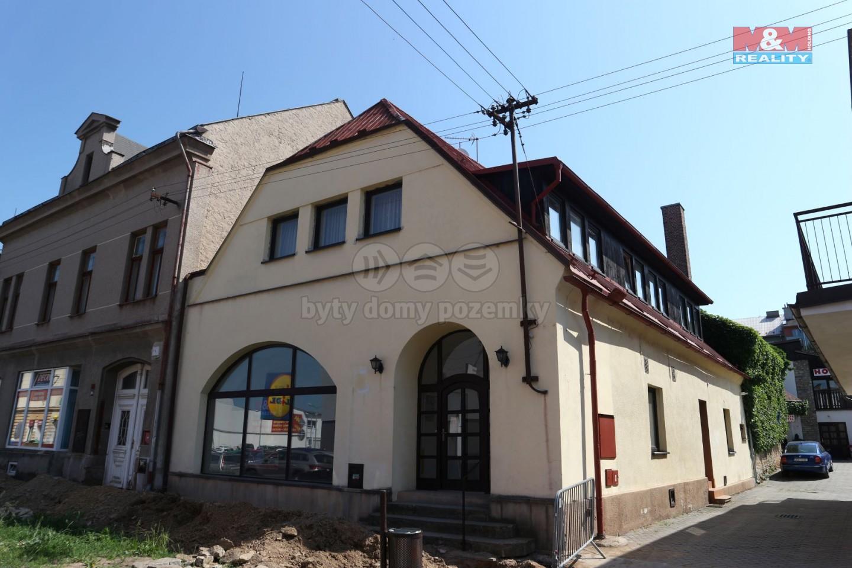 Pronájem, byt 2+kk, 48 m2, Choceň, ul. Záměstí