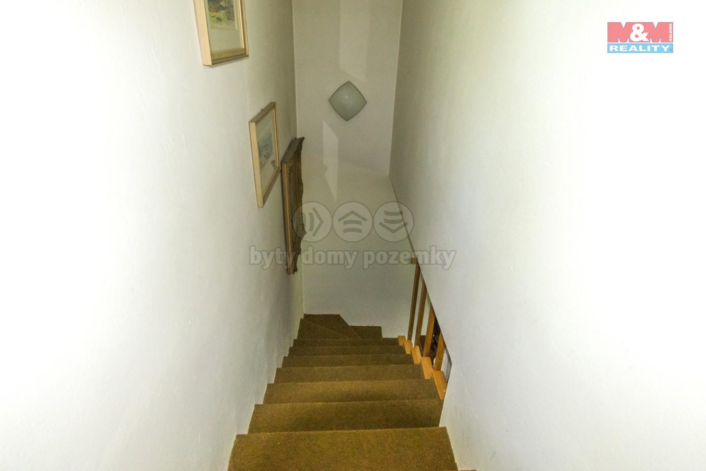 schody do 2.NP
