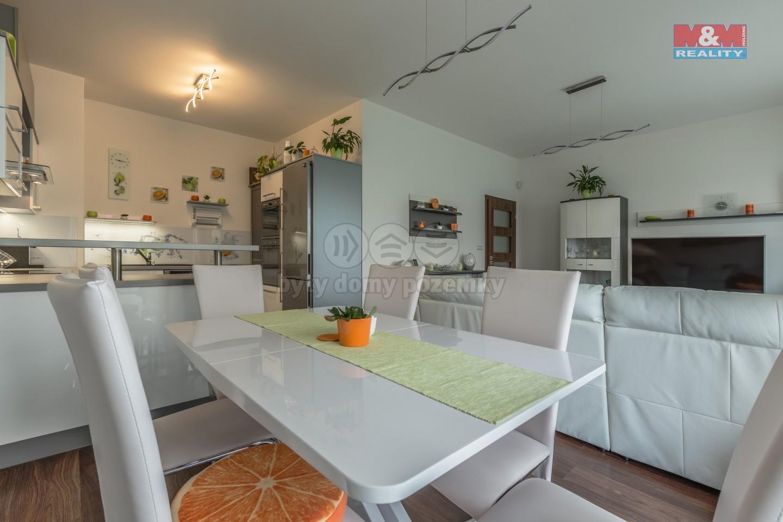 Prodej, byt 3+kk + 260m předzahrádka, OV, Praha - Pitkovice