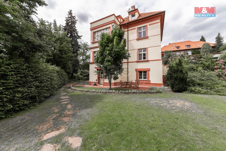 Pronájem, rodinný dům, 178 m², Praha