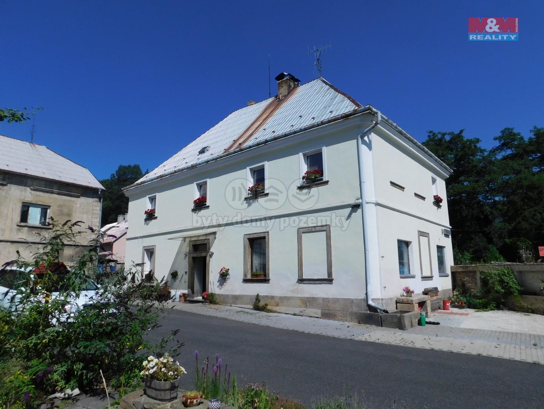 Prodej, rodinný dům, 295 m2, Osek, ul. Tovární