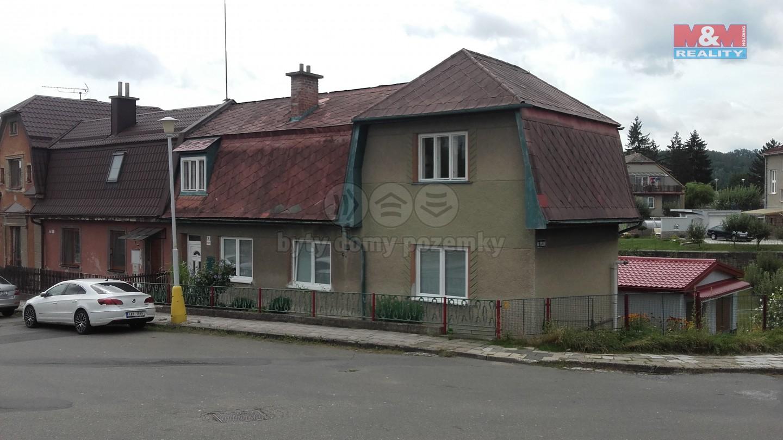 Prodej, rodinný dům 2 x 2+1, Zábřeh
