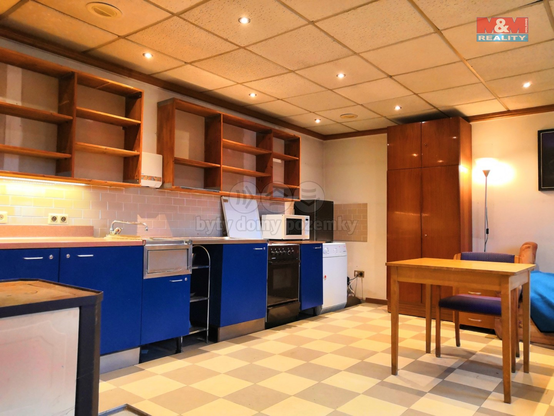 Prodej, chalupa, 196 m², Blatnice