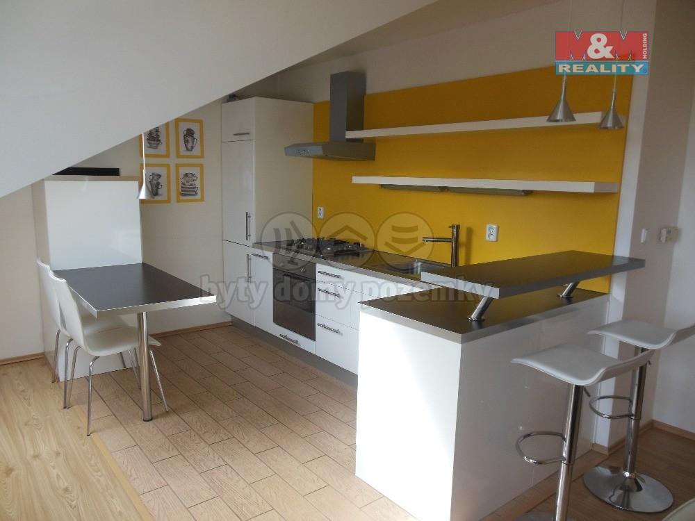 Pronájem, byt 3+kk, 93 m2, Opava, ul. Olomoucká