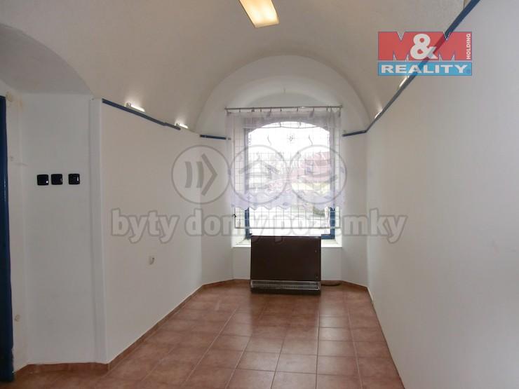 Pronájem, komerční prostor, 10 m2, Litomyšl, ul. Tyršova