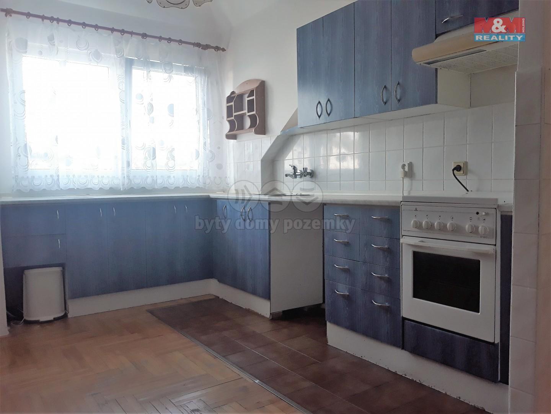 Pronájem, byt 2+1, 50 m2, Šternberk, ul. Komenského