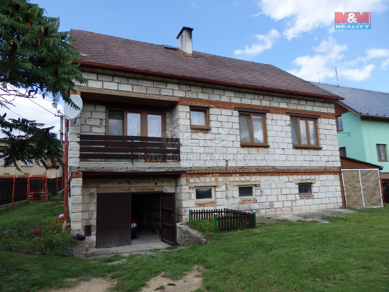 Prodej, rodinný dům, 828 m², Mlečice