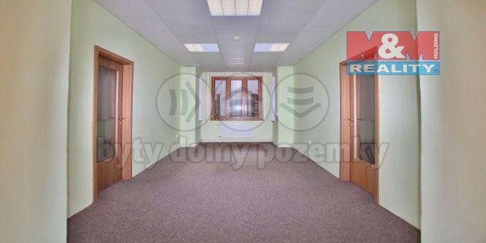 Pronájem, kancelářský prostor, 21 m2, Louny