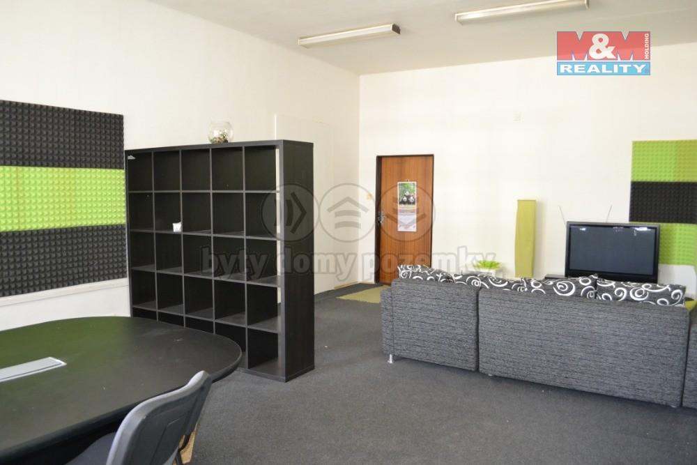 Pronájem, kancelářské prostory, 38 m2, Most, ul. Lipová