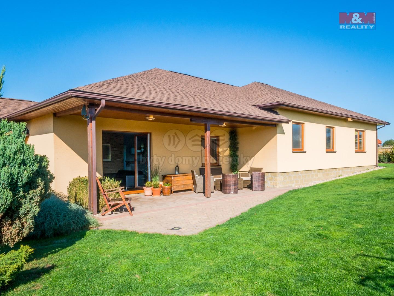 Prodej, rodinný dům 6+kk, 1134 m2, Křenice