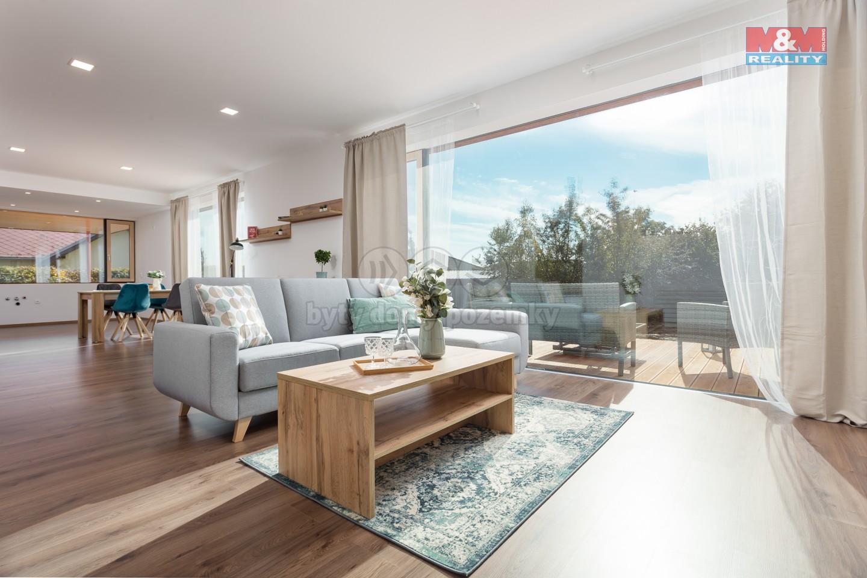 Prodej, rodinný dům 4+kk, 998 m2, Podolí u Mohelnice