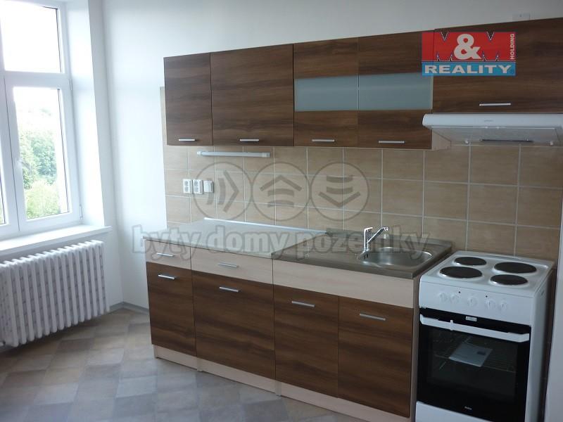 Pronájem, byt 1+1, Krnov, ul. Petrovická