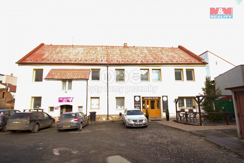 Prodej, obchod a služby, 655 m², Rakovník, ul. Husovo náměstí